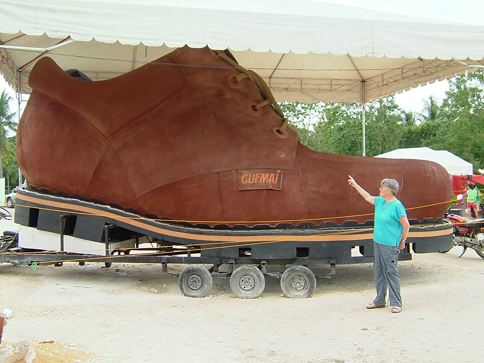 World s Biggest Shoe
